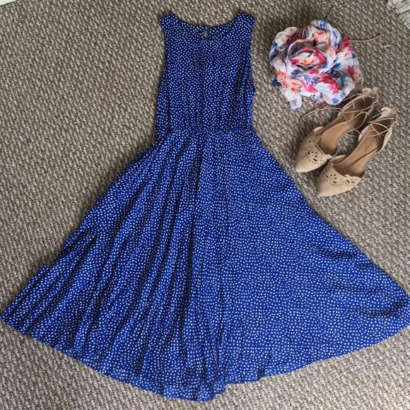 Moda International Dresses & Skirts - Retro blue dress with POCKETS!
